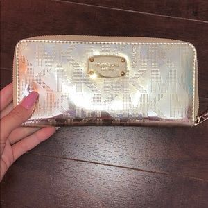 Michael Kors Gold Wallet